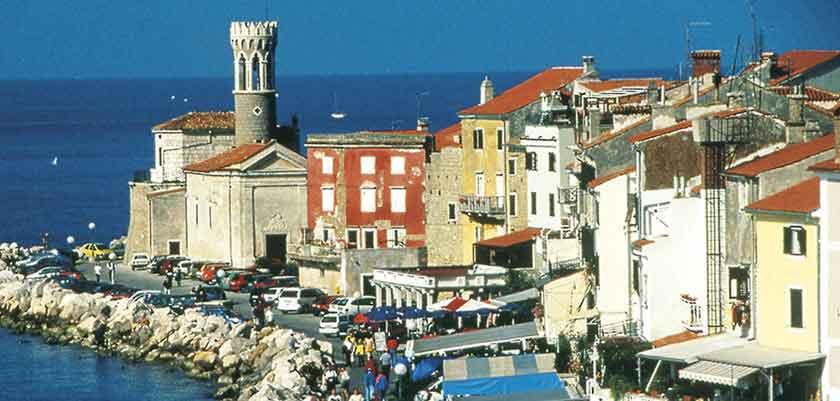 View of Portoroz promenade.jpg